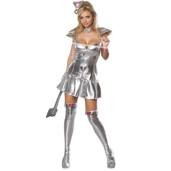 Met deze sexy Blikken Vrouw kostuum voor volwassenen, de vrouwelijke versie van de Blikken Man uit The Wizard of Oz, valt u echt op bij elk feestje! Dit sexy blikken vrouw kostuum is zilver van kleur en bestaat uit een jurk, hoedje, vlinderdas en laarzen.