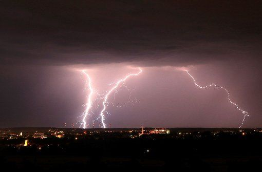 Zum Teil schwere Unwetter gab es am Samstag in Baden-Württemberg. Foto: dpa