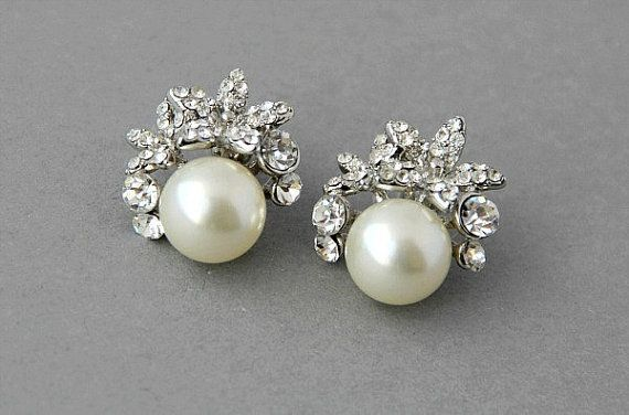 Bridal Stud Earrings Crystal Pearl Wedding Stud Earrings Orchid Pearls and Crystals Earrings Vintage Pearls Earrings Pearl Earrings
