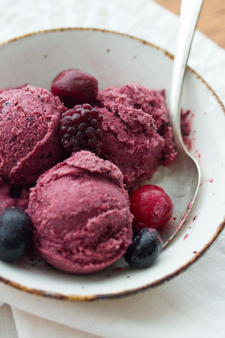Homemade frozen yogurt is easier to make than you might think - just two simple ingredients, one blender, and two minutes' time. No ice cream maker needed!
