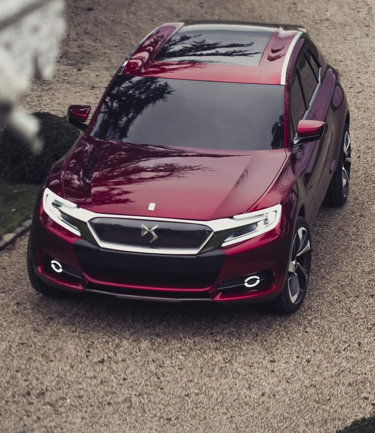 The Wild Rubis concept car is a new expression of DS line. Its unique profile combines the powerful lines of an SUV with the refinement of DS line.