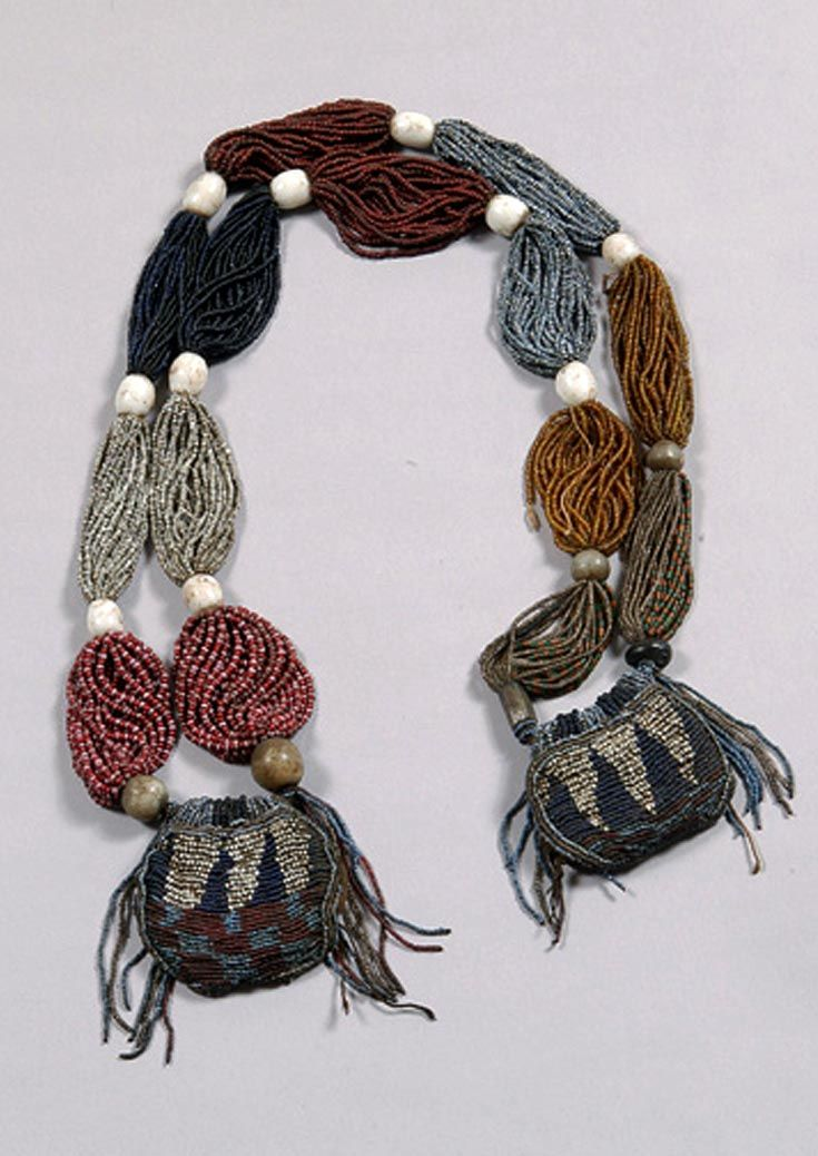 Nigeria | Divination necklace ~ Ide Odigba Ileke ~ from the Yoruba people; glass beads, string and fabric | ca. early 20th century