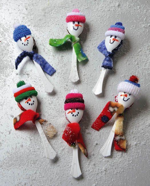 Tootsie Pop Snowmen
