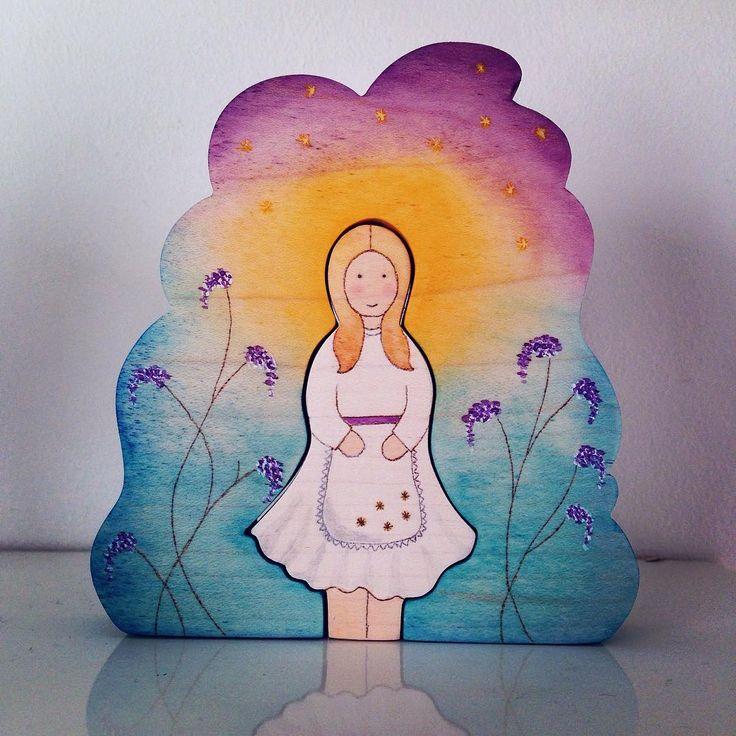 Star Child. Sterrendaalders op aanvraag met extra sterren op haar rokje die symbool staan voor 5 jaar #handmade #handmadetoys #woodentoys #waldorf #waldorftoys #sterrendaalders #starmoney #starchild #sterntaler #opdracht