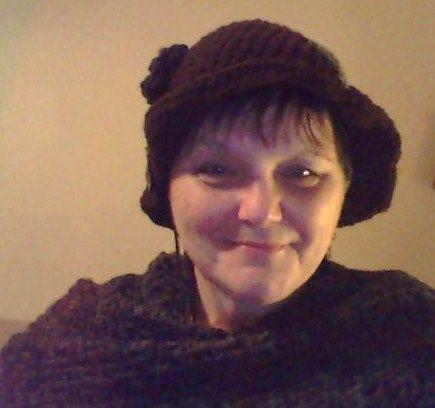 Shawl: http://www.bobwilson123.org/uploads/1/6/3/0/16302954/v_stitch_shawl_or_neck_scarf_bobwilson123.pdf   Hat: http://www.hopefulhoney.com/2014/07/1920s-cloche-hat-crochet-pattern.html Visit me: https://www.facebook.com/crochet.by.susans.soul.shines