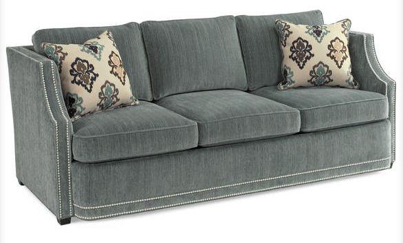 Комфортный диван в туманно-голубой палитре впишется в любой интерьер, добавит уюта. Высота сиденья: 46 см. Высота подлокотника: 71 см. Ширина сиденья: 170 см. Глубина сидения 53 см.             Метки: Маленькие диваны.              Материал: Ткань.              Бренд: Schnadig.              Стили: Классика и неоклассика.              Цвета: Серый.