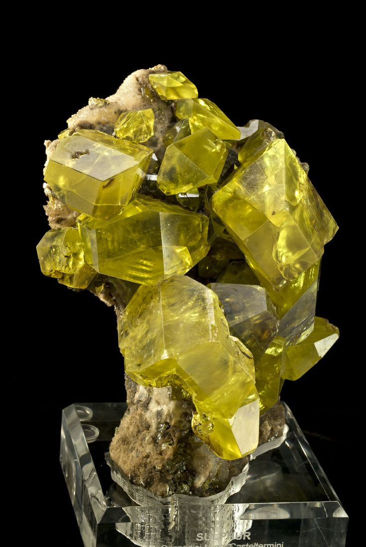 Sulfur with Hydrocarbon inclusions - Cozzodisi Mine, Sicily, Italy