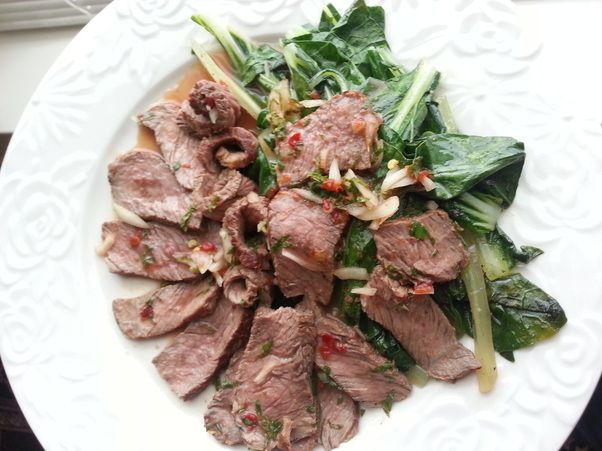 Here's a great Thai lean and green recipe for your mouth to enjoy! Dig in!