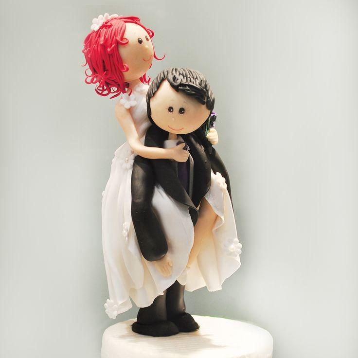 ¿Te sientes identificada? Es hermoso tener tanta variedad de novios en ceramica en frío ¡Encontrarás el que más se asemeje a ti y tu novio! Ven a la La Casa Blanca y descúbrelos todos.  #tocados #bisuteria #collares, #moda #tendencia #madrina #novias #wedding #love #marriage #LCB #gala #princesa #princess #dress #Vsco #Vscocam #HappyDay #Eldíamásimportante #AmorEterno