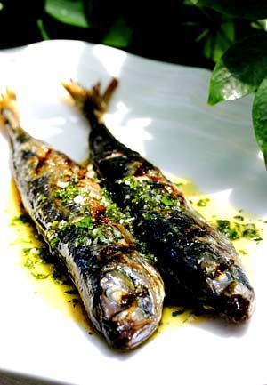 Recipe: Grilled mackerel with salmoriglio