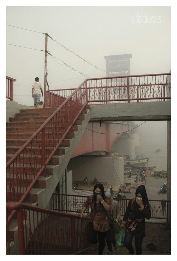 kabut asap di kawasan jembatan ampera, 7 ulu