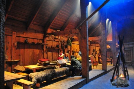 Long Foyer Age : Recreated viking long house near borg by travelpod member