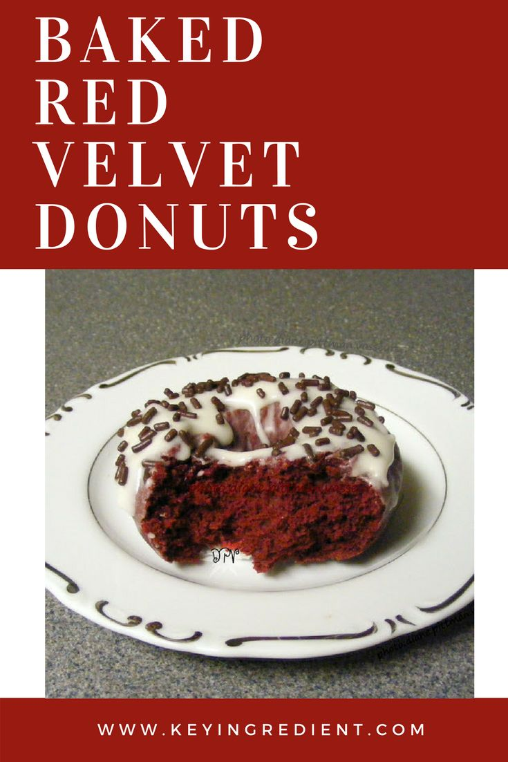 Baked Red Velvet Donuts--perfect for breakfast, brunch, and Valentine's Day!
