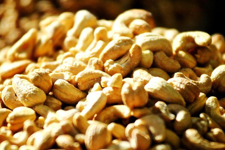 Os Benefícios da Castanha do Caju são variados, pois, a Castanha do Caju possui uma grande quantidade de nutrientes que são essenciais para saúde geral do corpo