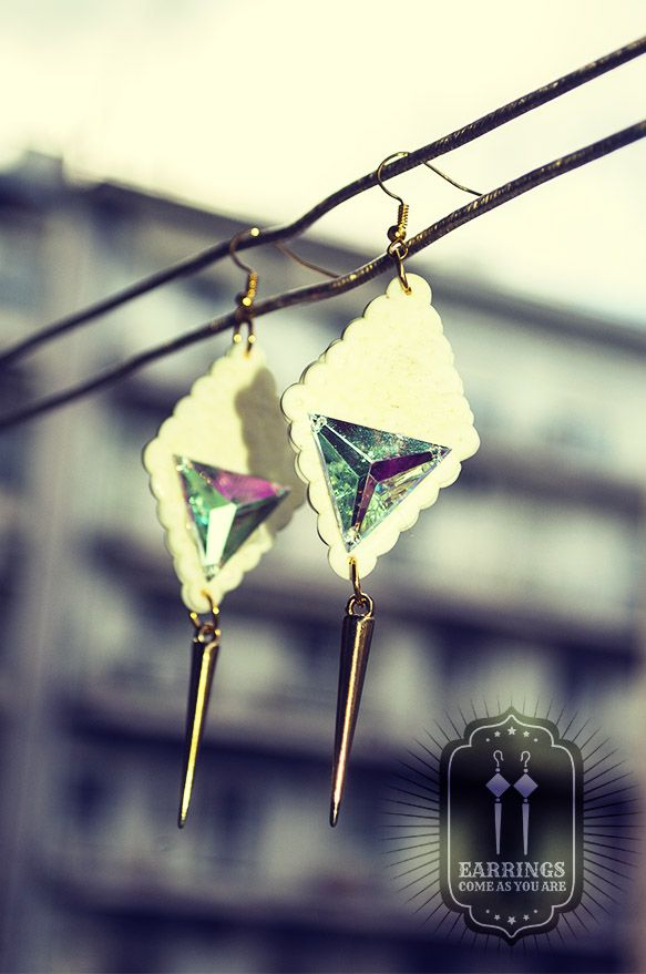 White Dark Spirit Earrings