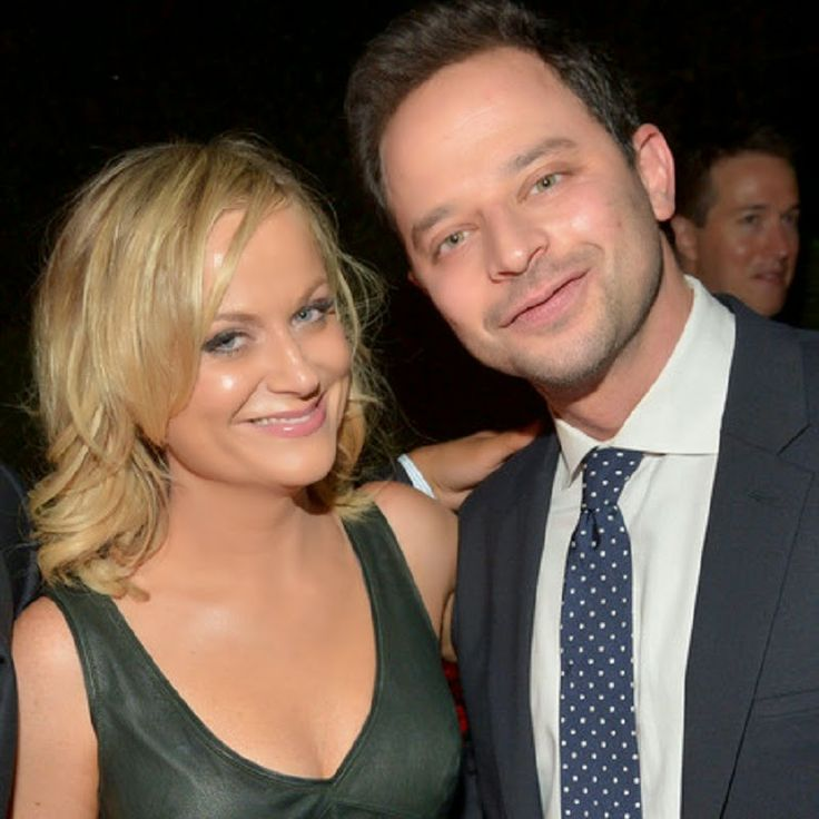 Amy Poehler and Nick Kroll Still Going Strong -- Why Does She Deserve the Coveted Platinum Girl Title?