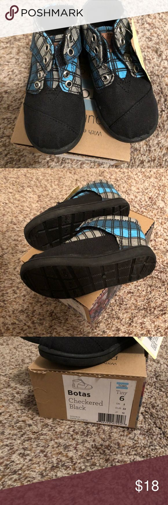Brand new with tags Toms tiny size 6 Toms brand  Style: botas Size 6 tiny Color: checkered black Toms Shoes Sneakers