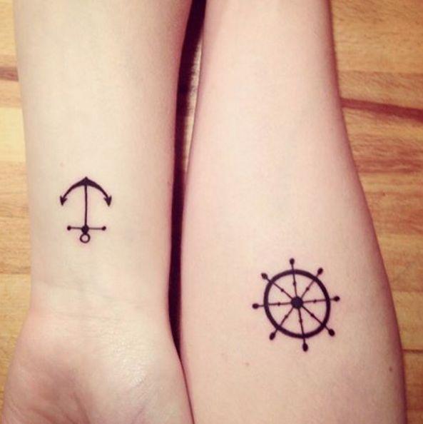 #sistertattoo: i tatuaggi gemelli che si richiamano tra di ...
