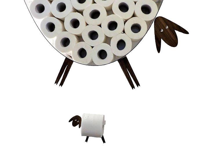 Reeks: Muur plank voor het opslaan van rollen wc-papier en wc-rol houder. Grappige muur stickers schapen en lammeren gemaakt van verschillende soorten fineer