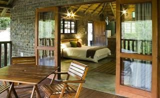Overlooking a dam, the Sunset Creek Game Lodge is located just outside of #Nelspruit in Mpumalanga.