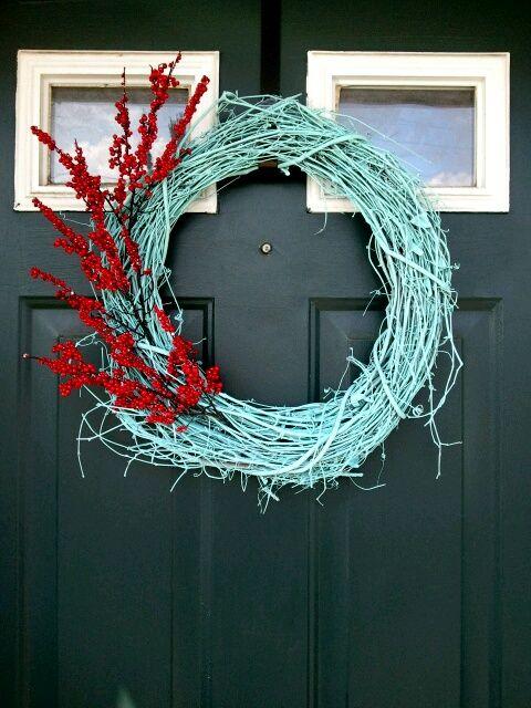spray painted grapevine wreath with floral spray – @Juli Leonard Leonard Becker – we should make this soon!  | followpics.co