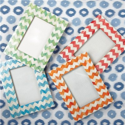 Just in! Herringbone Photo Frame from @LaylaGrayce #laylagrayce #herringbone #chevron #frame #giftChevron Frames, Gift Ideas, Bookcas, Photos Frames, Summer Pictures, Herringbone, Birthday Photos, Summer Colors, Pictures Frames