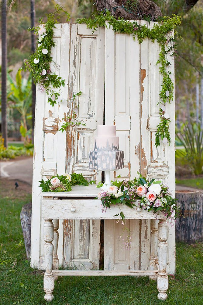 30 Fabulous Rustic Old Door Wedding Decoration Ideas ❤ See more: http://www.weddingforward.com/old-door-wedding-decoration-ideas/ #weddings #decoration