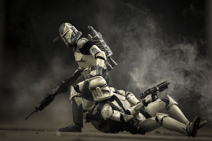 U.S. Marine Recreates Real Combat Experience with Star Wars Toys - My Modern Met