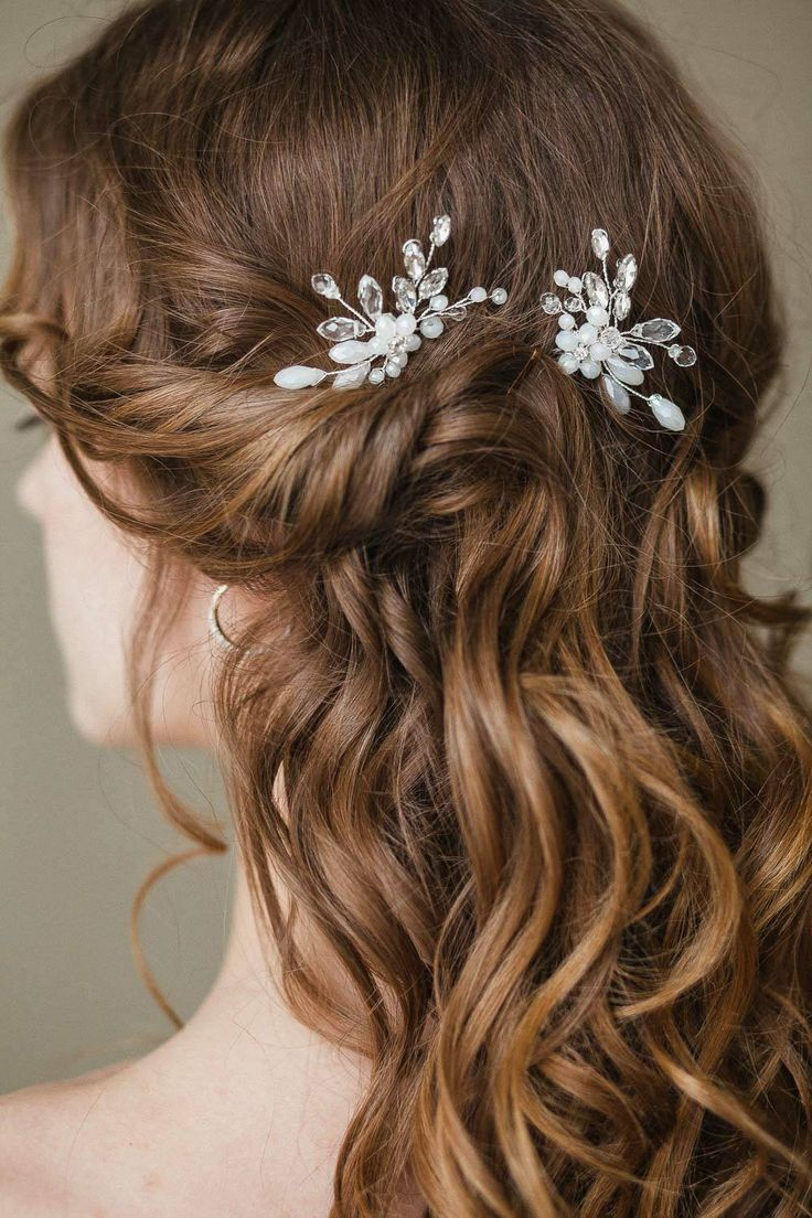 Civil Wedding Hairstyle Curls In 2020 Wedding Hair Head Piece Hair Styles Crystal Hair Pins