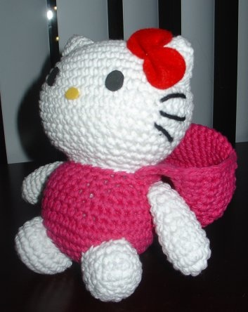 83 best images about Crochet - Hello Kitty on Pinterest Angels, Free patter...