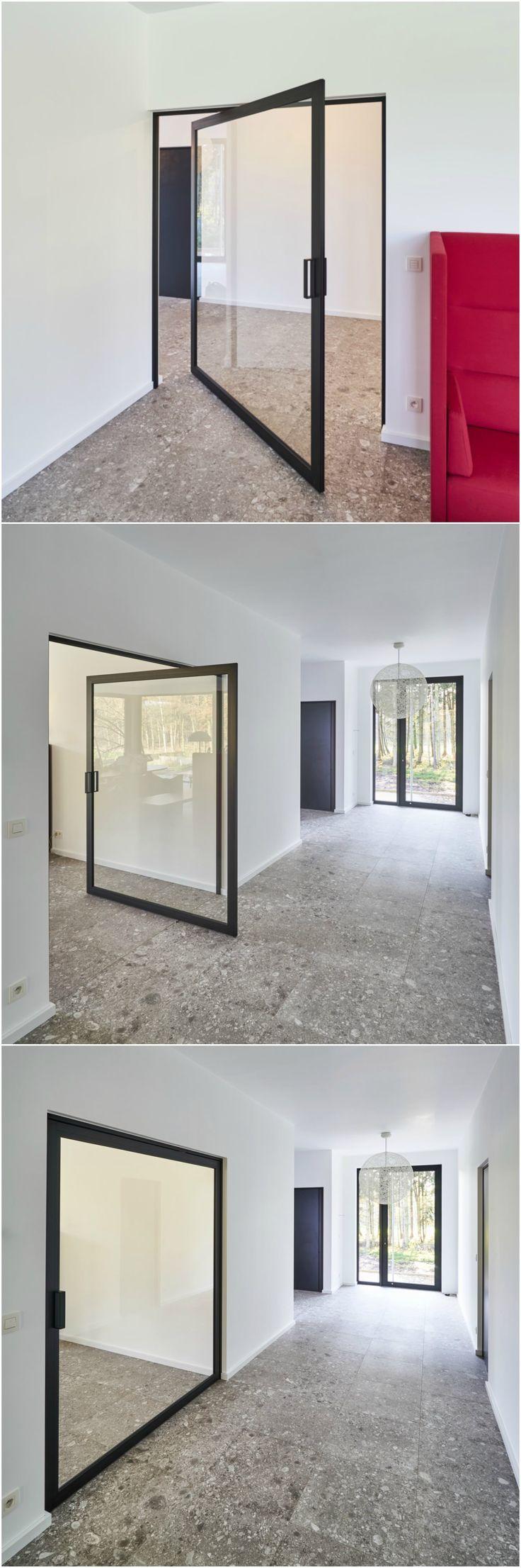 les 25 meilleures id es de la cat gorie portes pivotantes sur pinterest des portes en verre. Black Bedroom Furniture Sets. Home Design Ideas