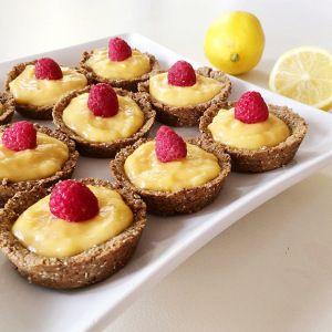 Coconut and Bliss Lemon Curd Tarts #coconutandbliss #lemoncurd