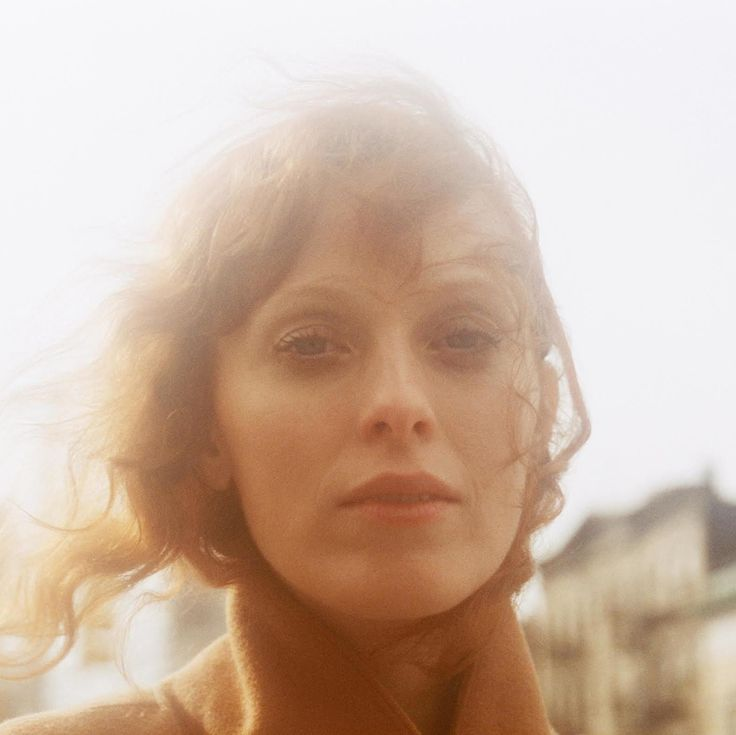 karen elson on stevie nicks, songwriting, and standing on her own photography olivia bee