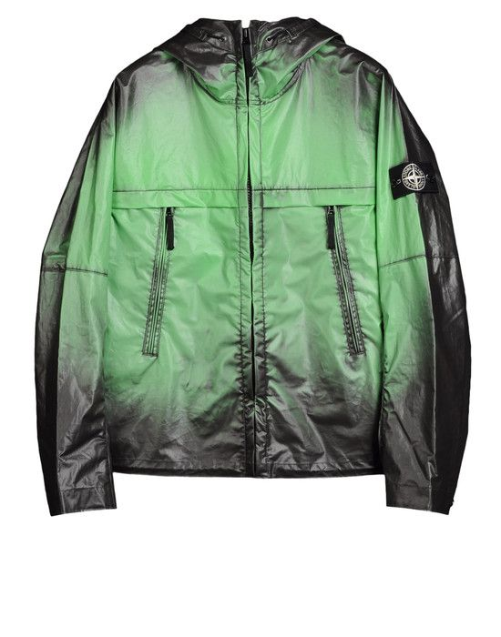 Stone Island's Heat Reactive Jacket Changes Color Depending On Temperature