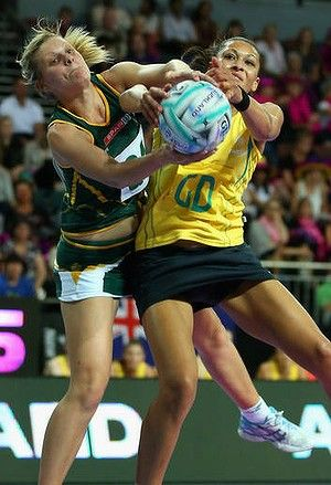 Fast and furious: South Africa's Maryka Holtzhausen and Chanel Gomes, of Australia, compete for  the ball during the Fast5 tournament over the weekend.
