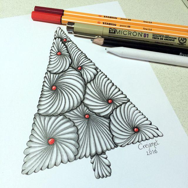Christmas Zentangle tree by Janet Plantinga