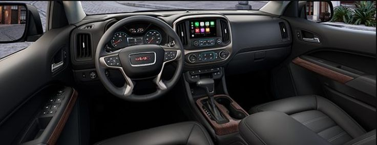 2018 GMC Canyon Interior and Features Photo