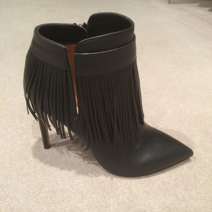 Fringe shoes by @valentino #Valentino #fringe #shoes #leather #AnkleBoot #FolliFollie #FW14collection