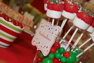Marshmallow pops: Christmas Desserts, Holiday, Christmas Time, Christmas Ideas, Party Ideas, Christmas Party, Candyland Party, Birthday Party