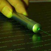 Mise en garde contre les dangers des pointeurs laser (Santé Canada)