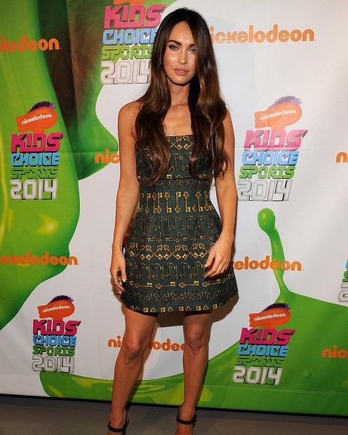 Actress Megan Fox attends Nickelodeon Kids' Choice Sports Awards 2014 at UCLA's Pauley Pavilion on July 17, 2014 in Los Angeles, California. #meganfox #redcarpet #smh #lifeandstyle