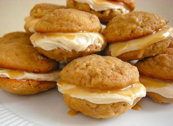 caramel banana whoopie pies | recipes | Pinterest