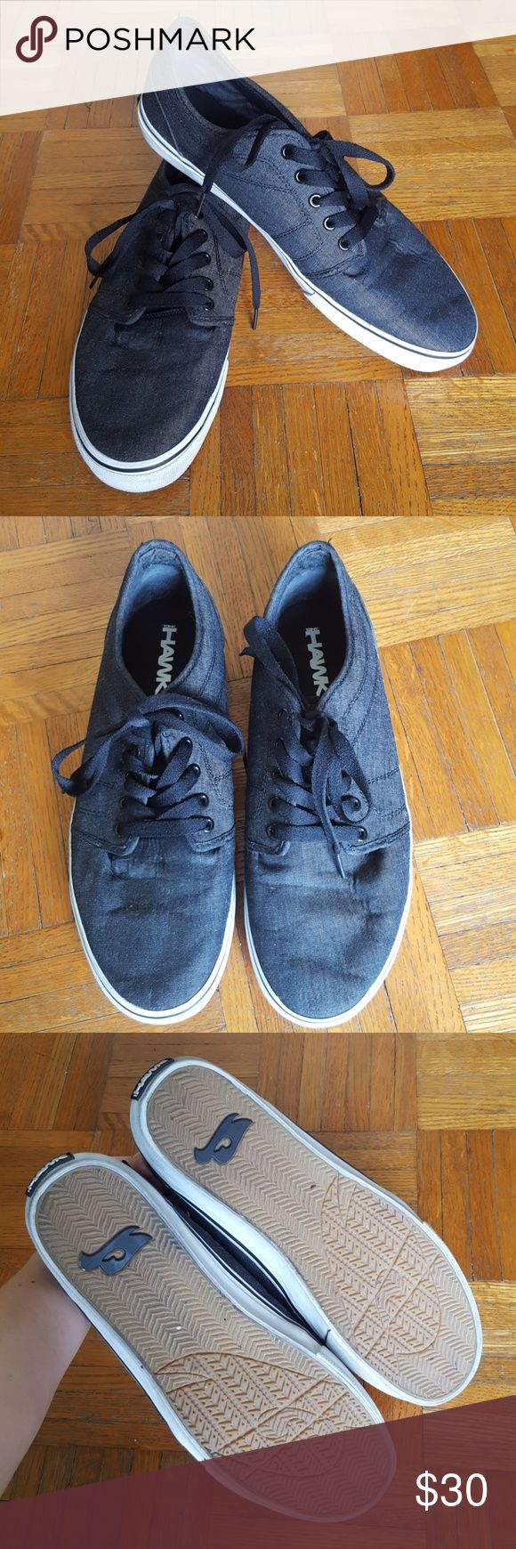 Men's casual tennis shoes Excellent used condition Tony Hawk dark charcoal grey casual men's tennis shoes. They have black shoelaces and black top stitching. They were worn a few times but ended up being too tight for my husband. Tony Hawk Shoes Sneakers