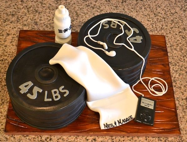 The couple that sweats together, stays together!  Check out this gym-inspired groom's cake!