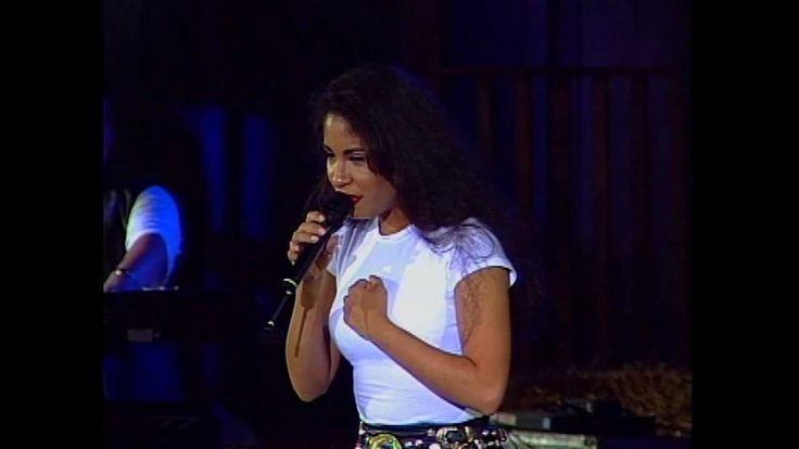 Selena - Como La Flor - Acapulco Festival Concert