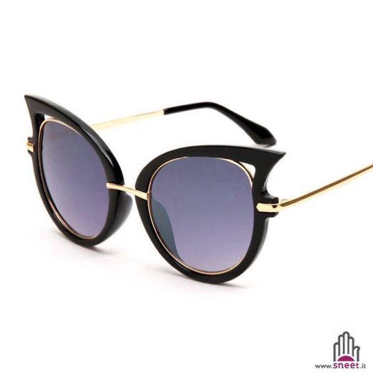 Catwoman Sunglasses €24,90   > shop > dream-shop.it/occhiali-da-sole-particolari.html