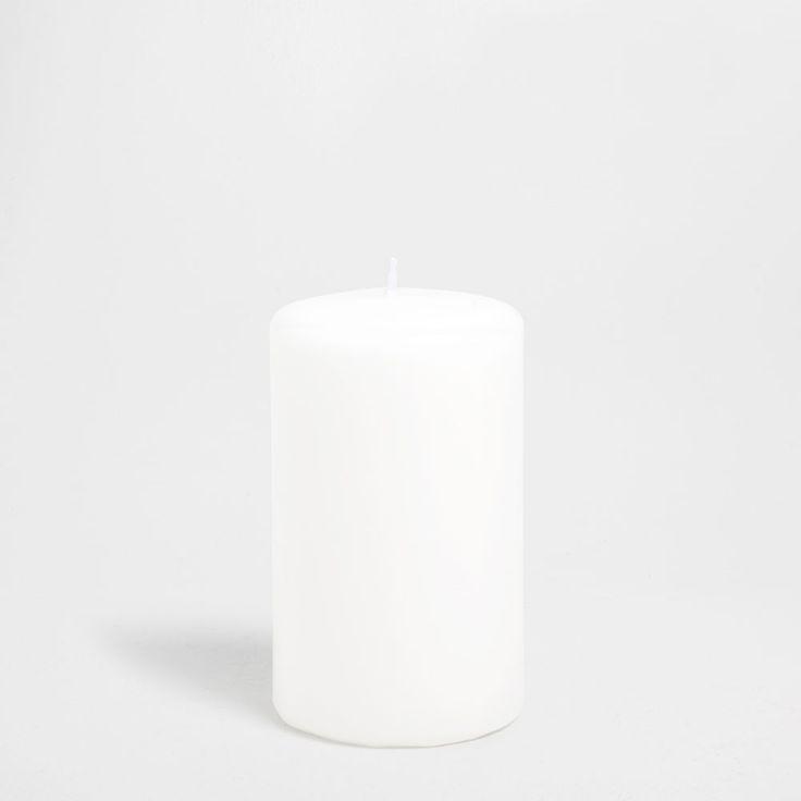 Basic cylindrical candle