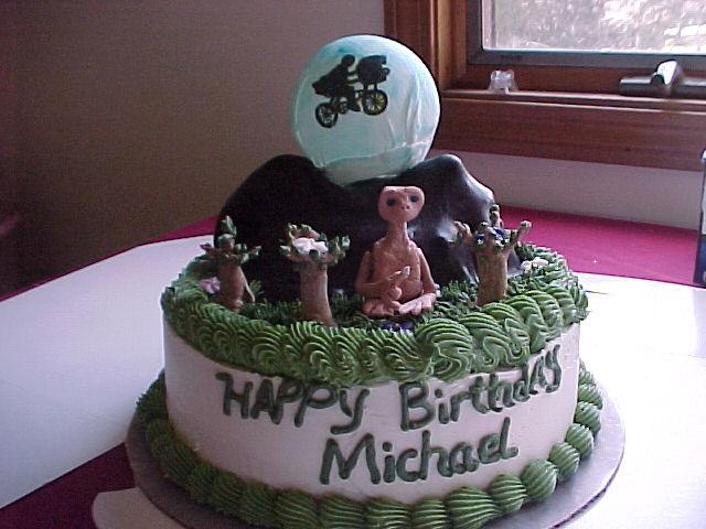 et birthday cakes