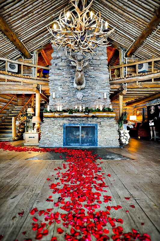 A Mountain Bride: real life: winter lodge celebration #coloradomountainwedding #wintermountainwedding