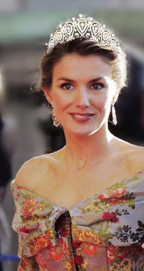 Princess Letizia of Spain in 2004 wearing the Queen Maria Christina Cartier Loop Tiara